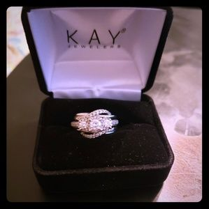 Diamond ring with enhancer